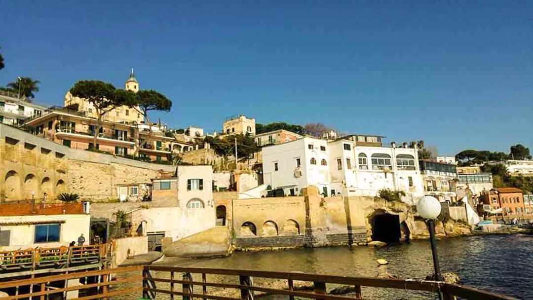 Borgo Marechiaro dal mare
