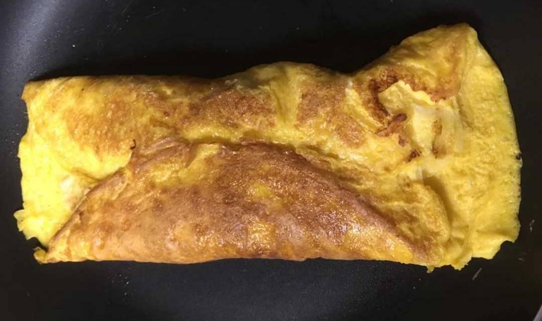 O filoscio, la frittata tipica di Napoli
