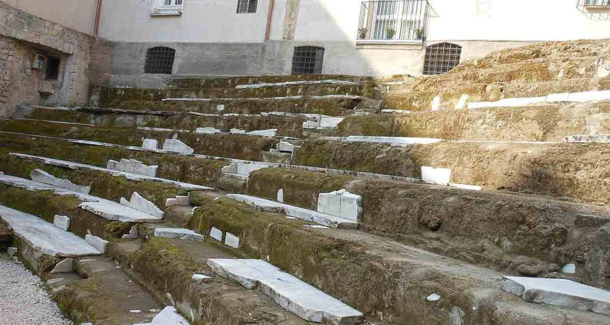 Visita gratuita al Teatro Romano di Neapolis (Aprile 2018)