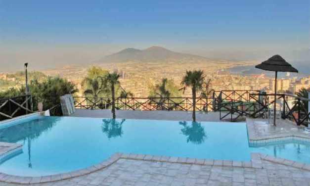 Napoli le piscine all'aperto