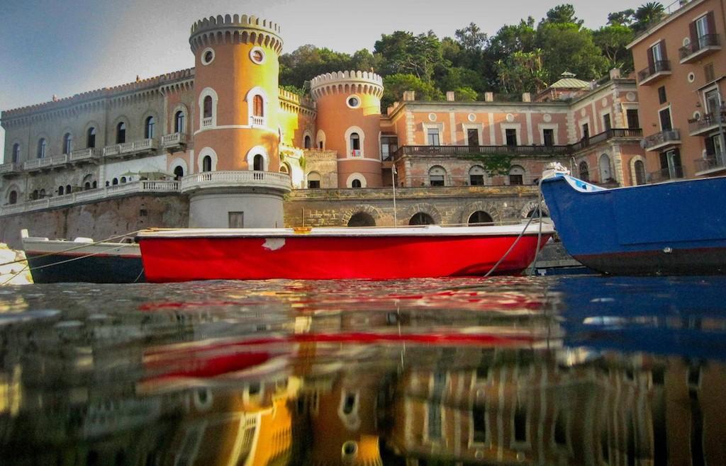 Un posto al Sole, Villa Volpicelli
