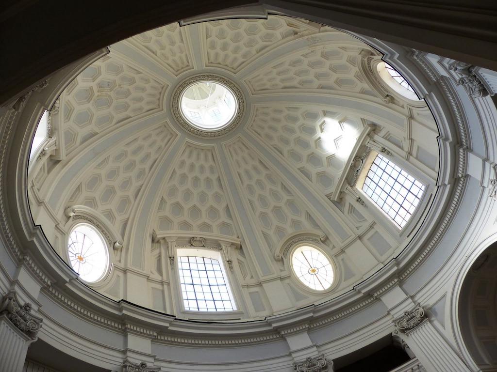 Chiesa del Complesso Monumentale Vincenziano Napoli