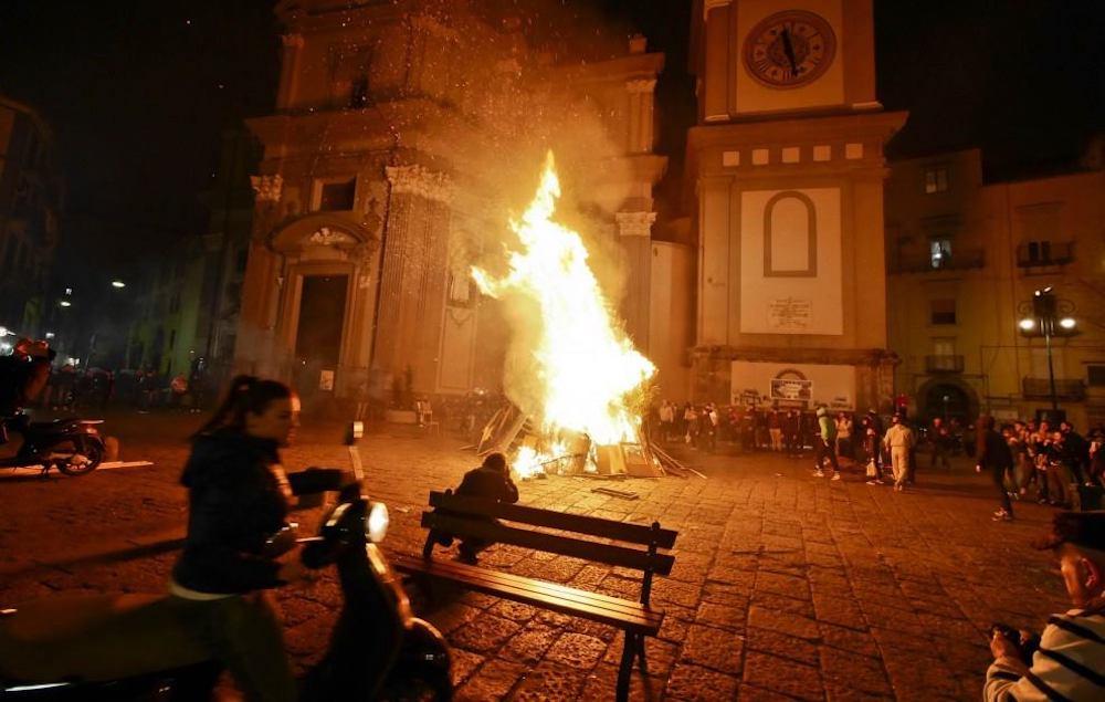 O Cippo 'e Sant'Antuono Napoli