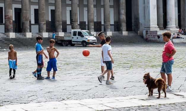 Lo Scugnizzo, figura storica di Napoli