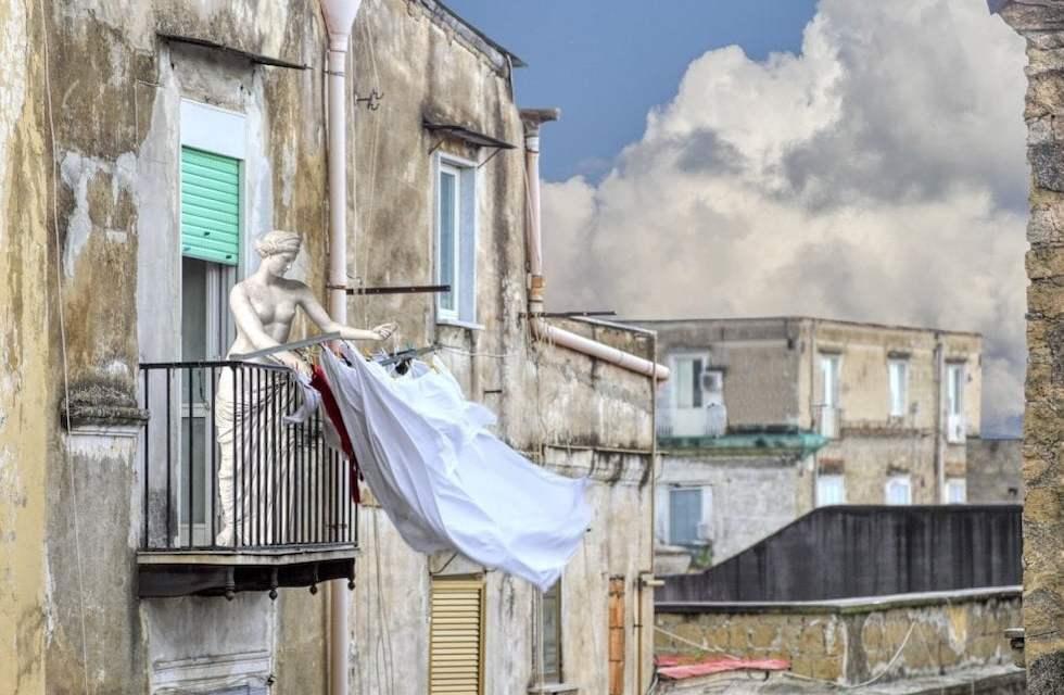 """""""Fuga dal museo"""", le opere del MANN passeggiano per Napoli"""