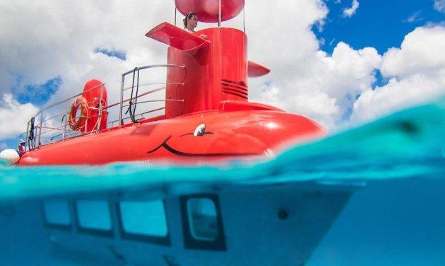 Scoprire i fondali di Procida con il sottomarino rosso
