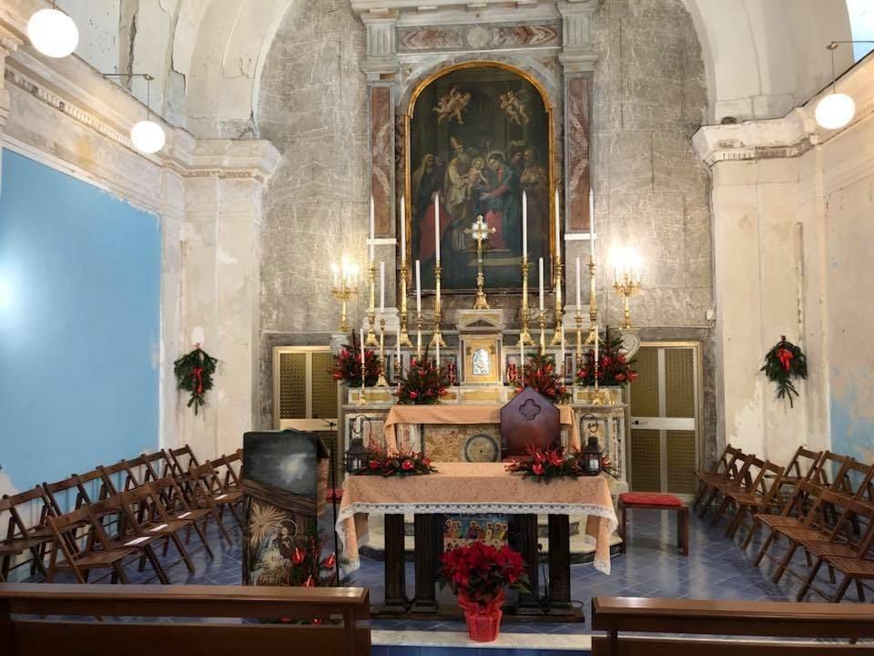 Interno chiesetta Madonna Assunta