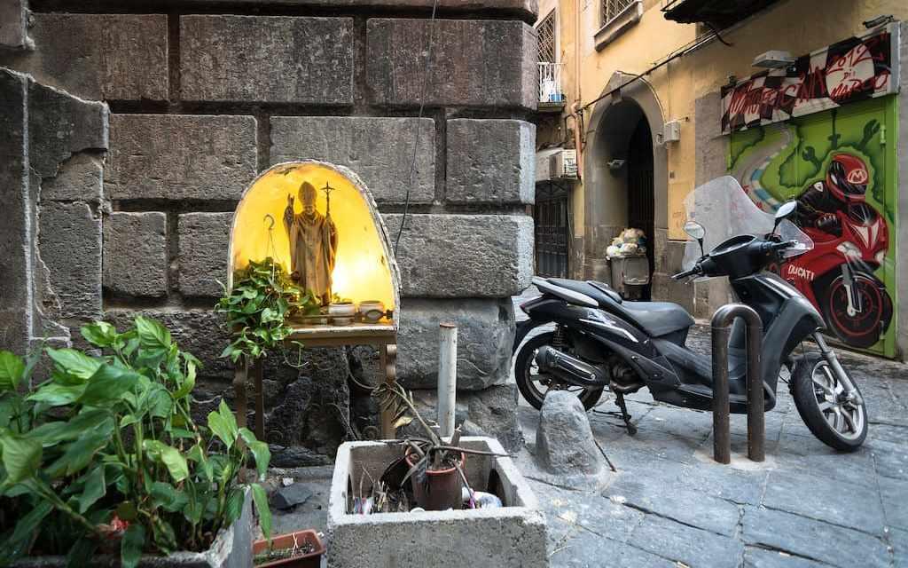 Misteri, Streghe e Fantasmi di Napoli, tour serale con Heart of the City