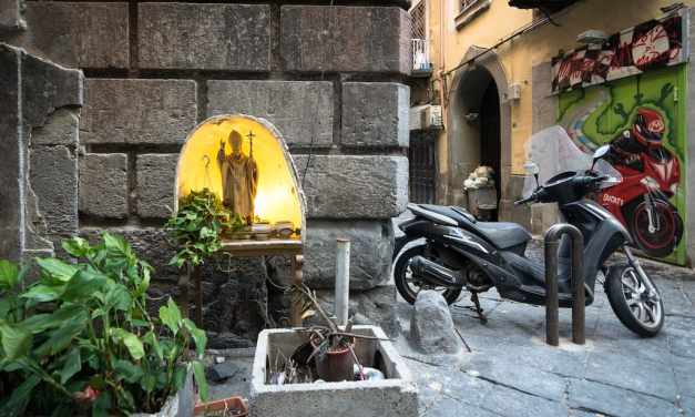 Misteri, Streghe e Fantasmi di Napoli, tour serale con Heart of the City
