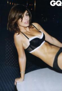 Alessandra Mastronardi sexy per QG (4)