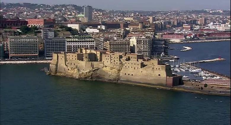 Borgo Antico di Santa Lucia a Napoli storia come arrivare