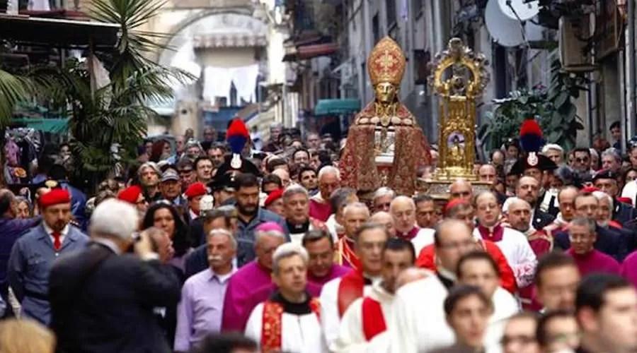 Duomo di Napoli storia orari come arrivare