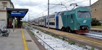 Marcianise, stazione ferroviaria: donna salvata da tentato suicidio