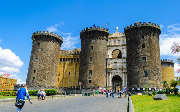 Boom di visite al Maschio Angioino di Napoli: aumentano visite e incassi