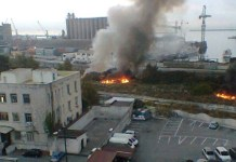 Incendio Parco Marinella: nubi tossiche si levano alte in cielo