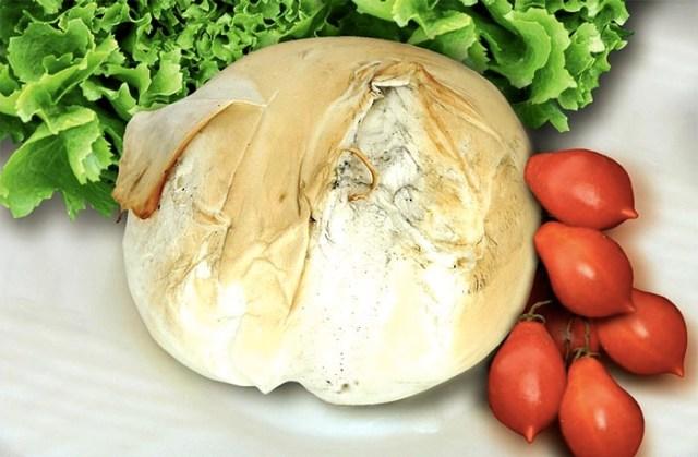 Le origini antiche della provola napoletana, cugina della mozzarella