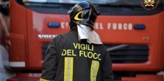 Battipaglia, crolla muro di una palazzina: famiglie evacuate
