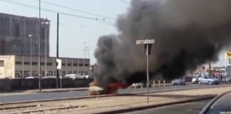 Incendio in via Marina: brucia un'automobile