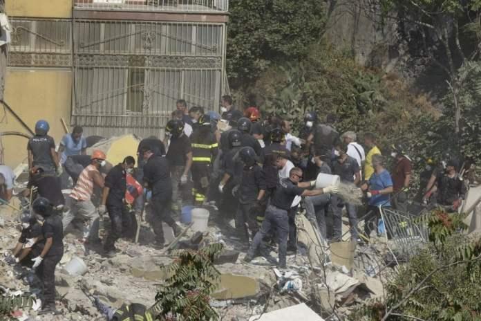 Torre Annunziata crollo palazzo: si cercano i dispersi