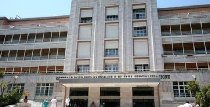 Ospedale Cotugno, blackout: problemi per i pazienti intubati
