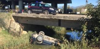 Capua, auto precipita dal ponte: vittima e feriti