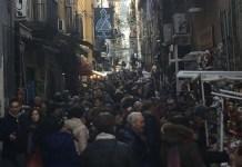 San Gregorio Armeno: orde di visitatori spaventano i commercianti