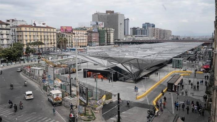 Napoli- Verona tifoseria azzurra armata fermata dalla Polizia
