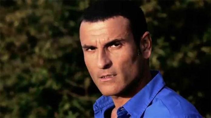 Sal Da Vinci, vittima di un furto: i ladri portano via 30mila euro