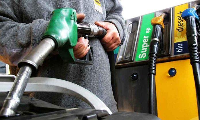 Taglio accise sulla benzina: ecco quanto risparmieremo al litro