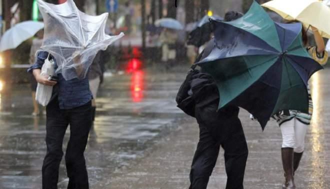 Allerta meteo Napoli, 30 ottobre: scuole chiuse per il maltempo