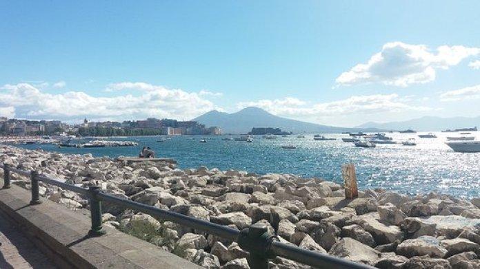Solo a Napoli si può essere felici: lo confermano le statistiche