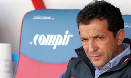 A Catania un'altra triste pagina del calcio italianoA Catania un'altra triste pagina del calcio italiano