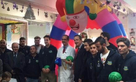 Cesport italia, visita e doni ai piccoli degenti del reparto Pediatria del II Policlinico