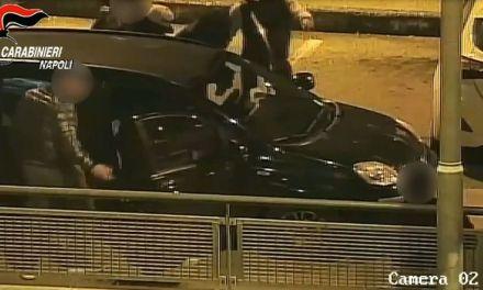 Napoli: rapina e botte nel parcheggio del multisala.