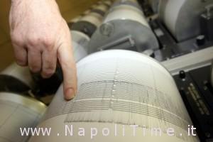 sismografo-vesuvio_scossa_giugno