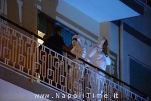 Agenti della polizia scientifica al lavoro nell'abitazione dove viveva Maria Pia Guariglia, la donna fatta a pezzi dal figlio, Salerno, 22 luglio 2013. ANSA/MASSIMO PICA