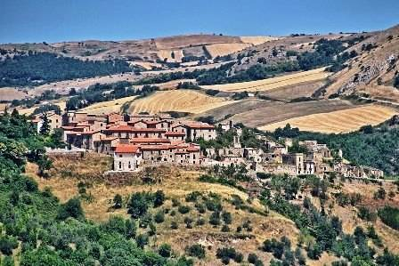 borgo di Accadia