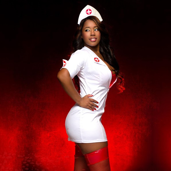 CatWashington-Nurses-nappyafro-10