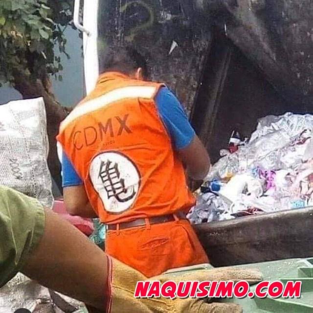 Goku en la basura