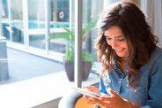 Haga que los clientes se sientan miembros de pleno derecho de la comunidad, lo cual les da una serie de beneficios.Foto: micliente.net