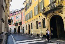 5 Vie è il suggestivo design district del centro storico milanese. Breve rassegna su contenutied eventi.
