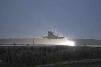 Shuttle Discovery Landing 12/22/06