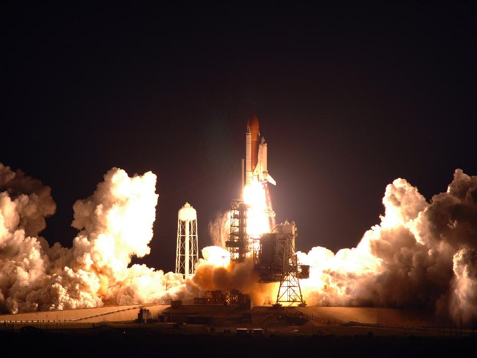 Endeavour launches to ISS