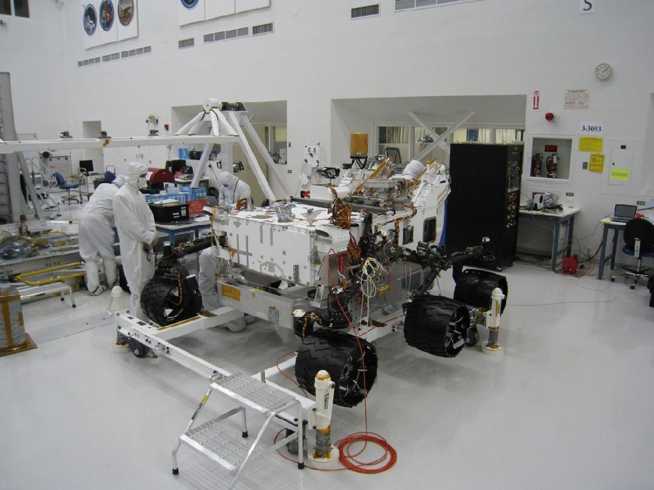 "NASA Mars rover ""Curiosity"""