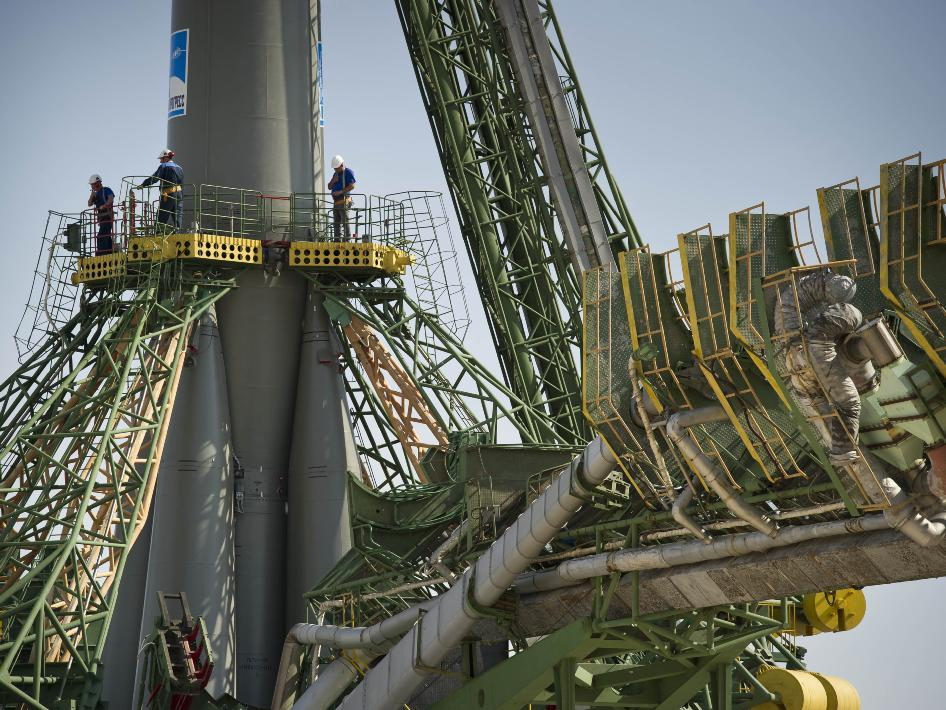 Soyuz TMA-02M rocket preparation for launch