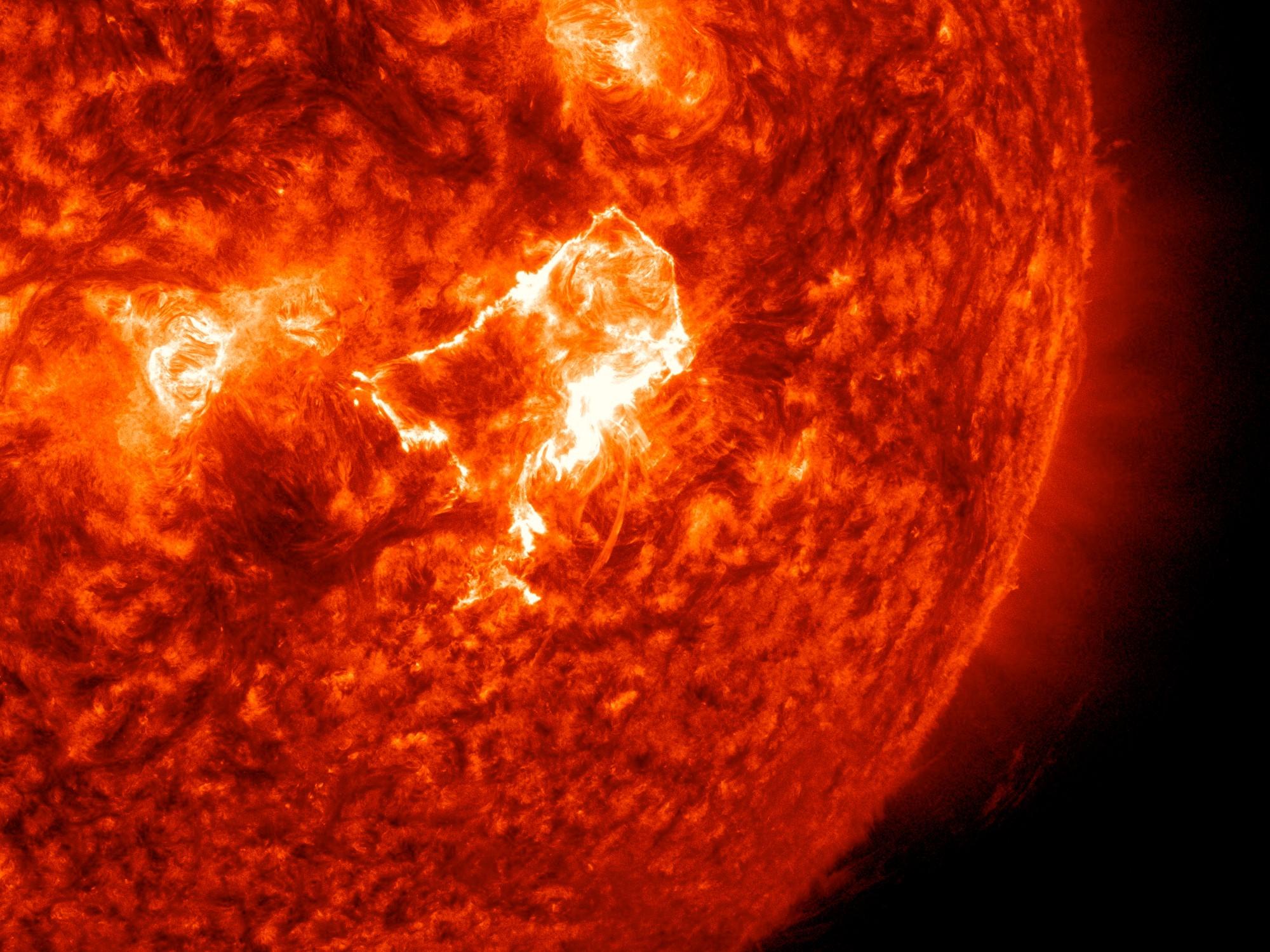 Sun Emits A Mid Level Solar Flare