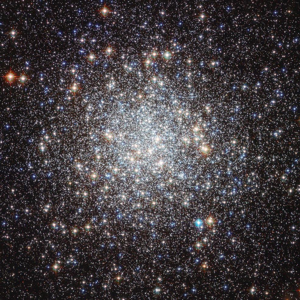 Vista do Hubble de M9