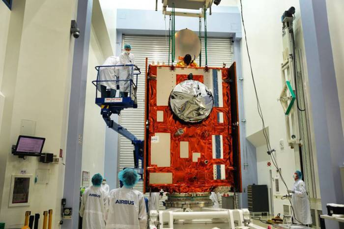 Sentinel-6 Michael Freilich satellite sits in front of a testing chamber