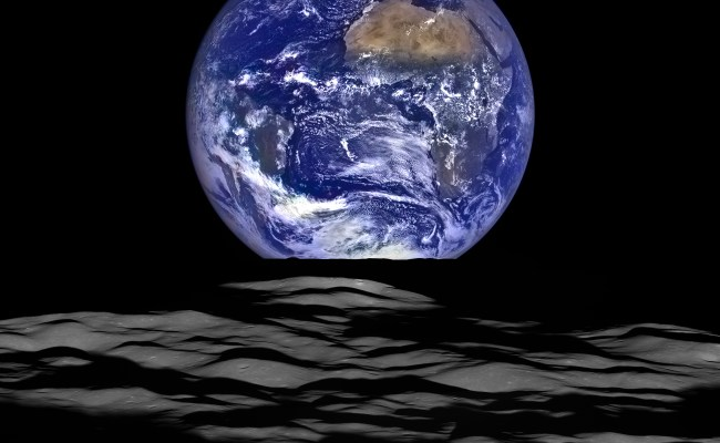 Earthrise As Seen From Lro Orbiting The Moon