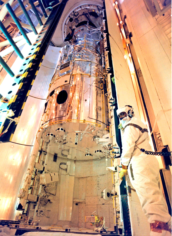 Nasa S Kennedy Space Center Celebrates Hubble S 25th